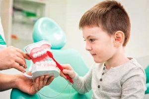 Обучение чистке зубов для детей